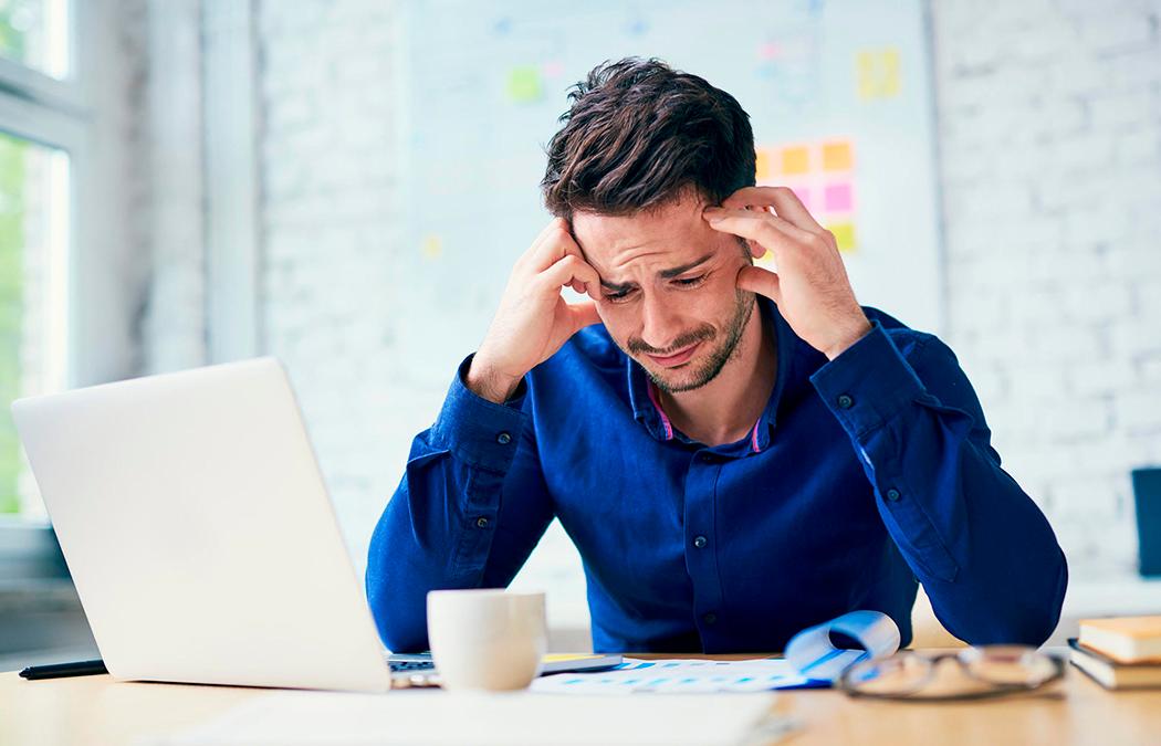 """Podcast """"¿Cómo prevenir el síndrome de """"burnout"""" mientras se trabaja en casa?"""""""